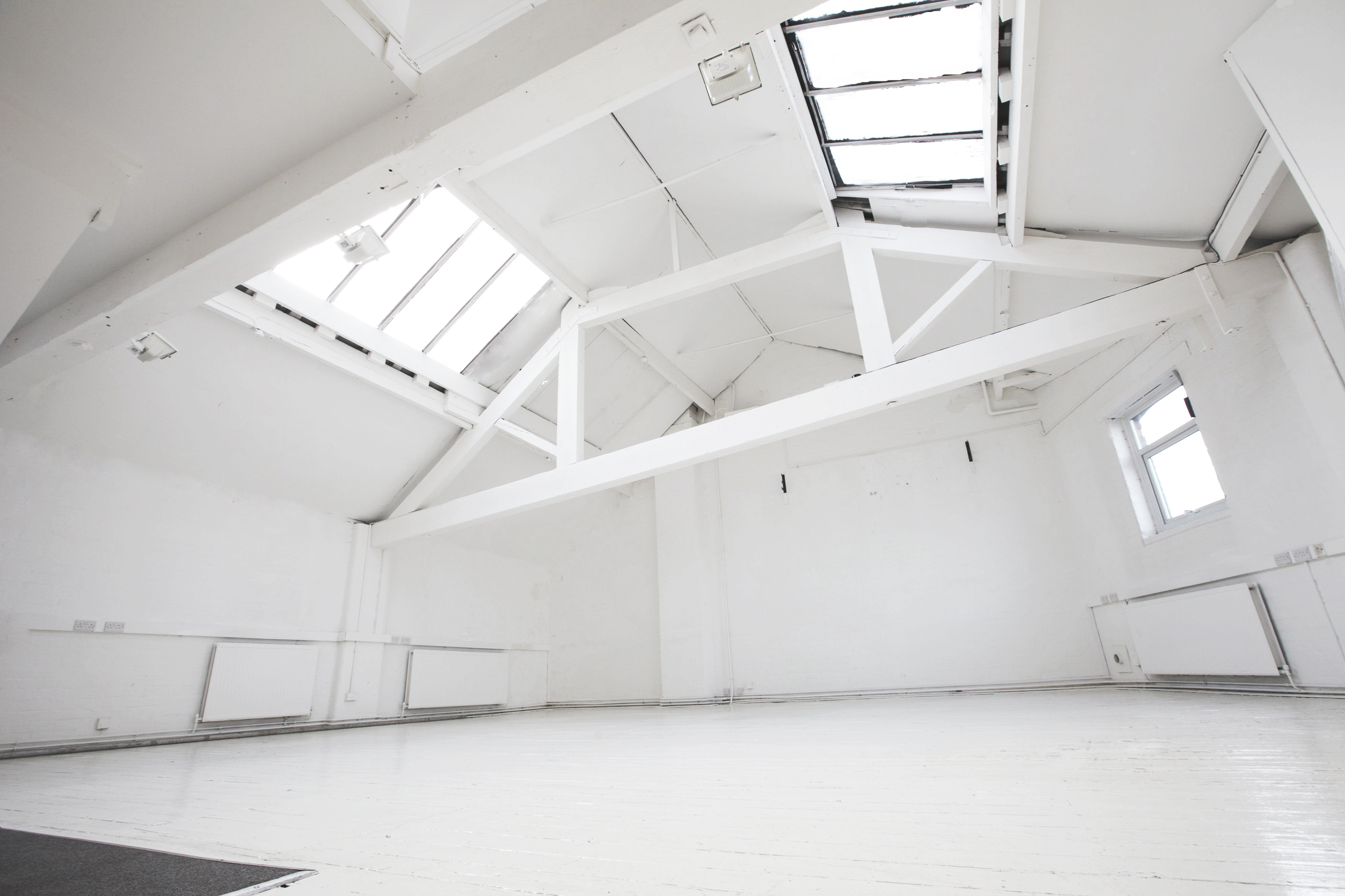For Some Time Now Any Studio With Windows And The Ability To Let In Light Have Been Announcing Themselves As Only Daylight Enter City